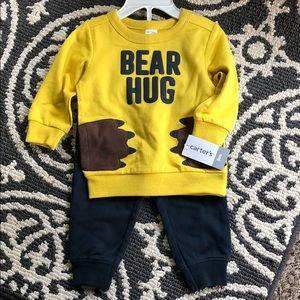 NWT Carter's bear hug sweatshirt set size 6-9 mon